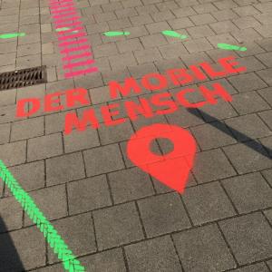 Der bunt gestaltete Eingang ins Universum Bremen