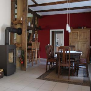 Der Wohnbereich im Gästehaus Büchtmannshof in der Nähe von Hannover.